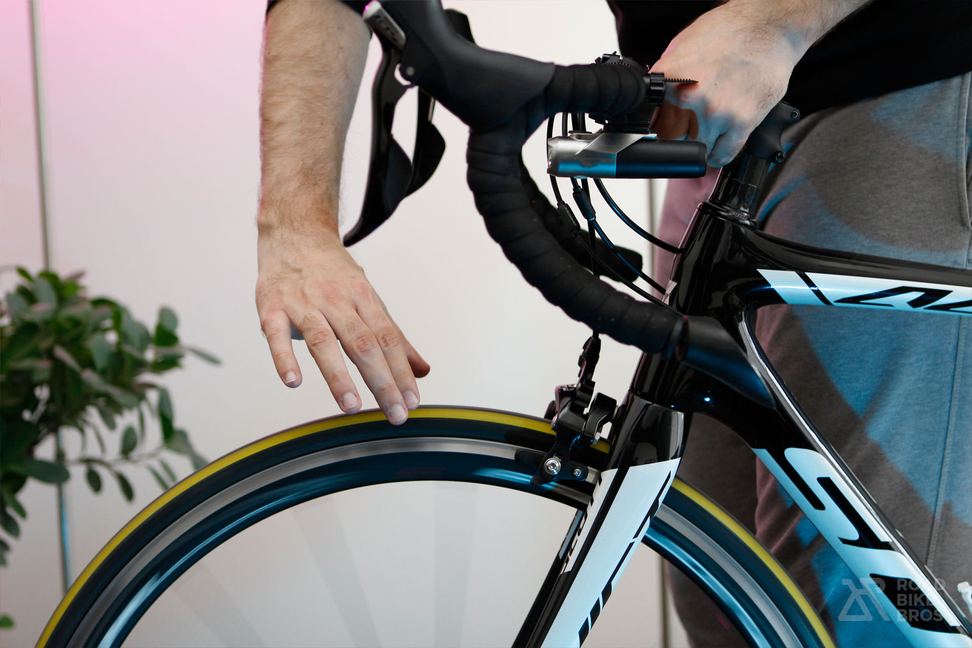 60 Seconds Check Before Every Ride Cycling Bicycle Roadbike Check Brakes